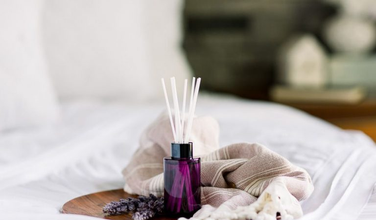 Tips To Make Your Apartment Smell Good