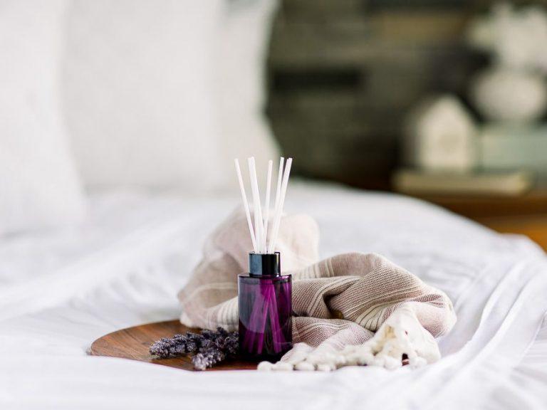 Natural ways to freshen bedroom